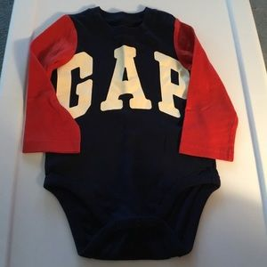 Gap Navy/Red/White Long Sleeve GAP Onesie 18-24m